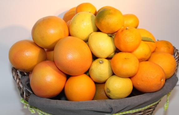 Cesta verde - cestas de frutas -Fruteria de Valencia
