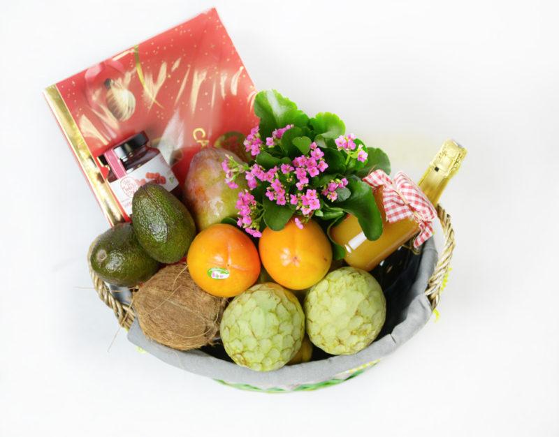Cestas con frutas